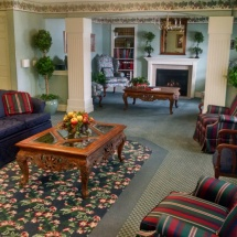 lobby-and-fireplace-1024